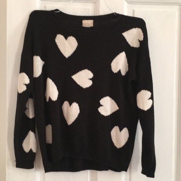 Urban Outfitters Sweaters - Urban Outfitters Heart Sweater
